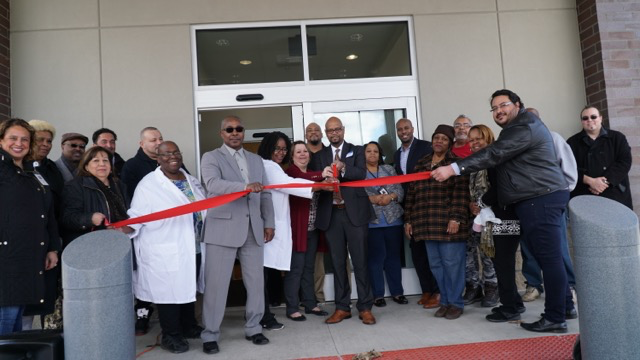 New Dialysis Center Opens in East Chicago | Indiana 105